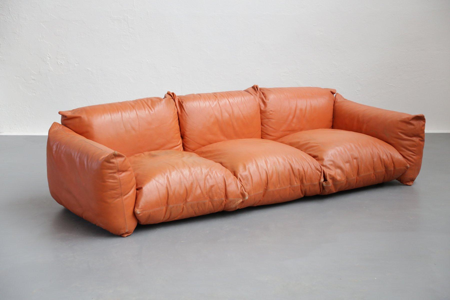 italienisches vintage ledersofa von mario marengo f r arflex bei pamono kaufen. Black Bedroom Furniture Sets. Home Design Ideas