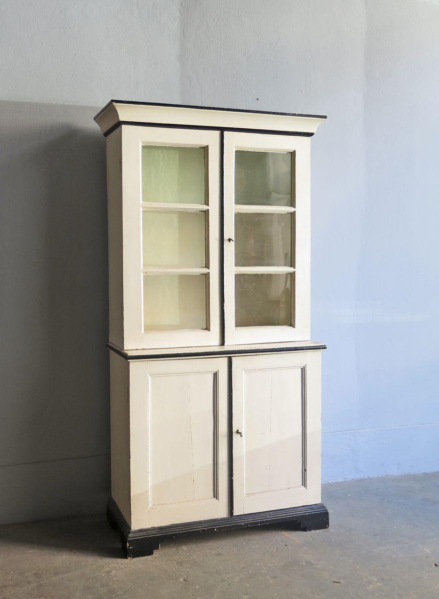 vintage holzschrank mit vitrine bei pamono kaufen. Black Bedroom Furniture Sets. Home Design Ideas