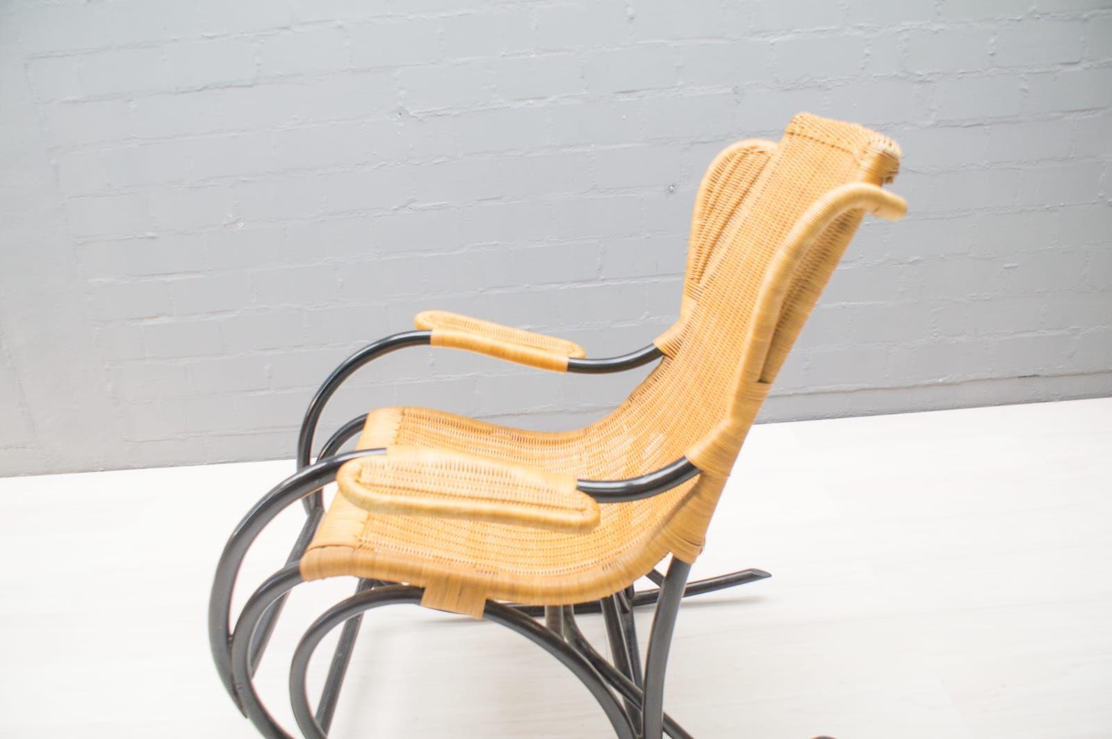Vintage rattan rocking chair - Vintage Rattan Rocking Chair 1970s