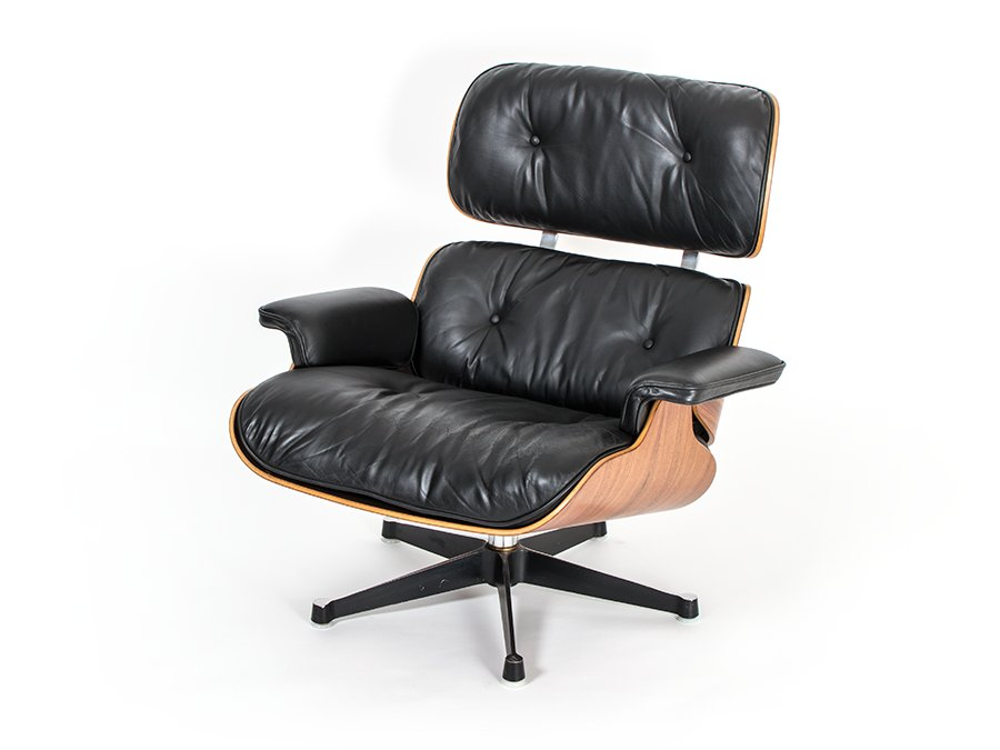 eames lounge chair and ottoman 670 671 by charles ray. Black Bedroom Furniture Sets. Home Design Ideas