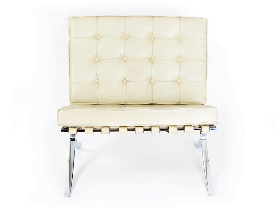 vintage barcelona sessel und ottomane von ludwig mies van der rohe f r knoll bei pamono kaufen. Black Bedroom Furniture Sets. Home Design Ideas
