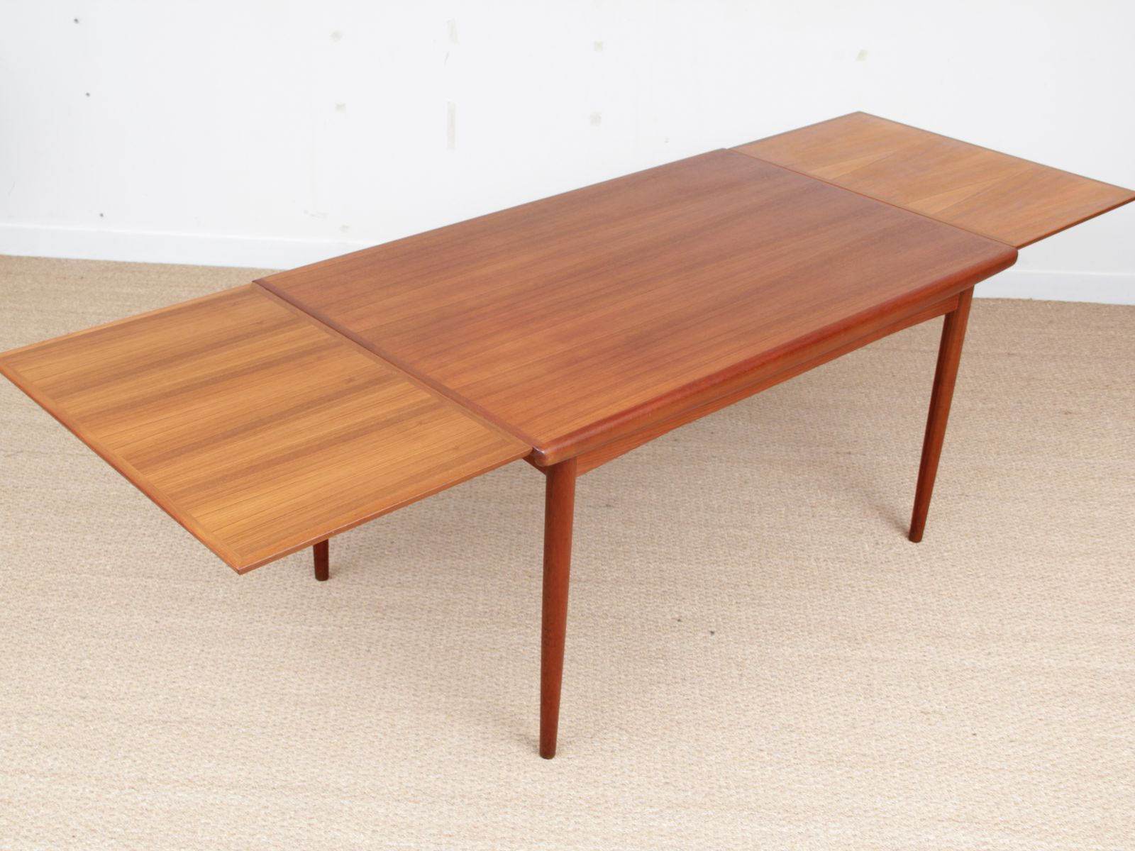 Scandinavian Teak Dining Table from Dyrlund, 1950s for ...