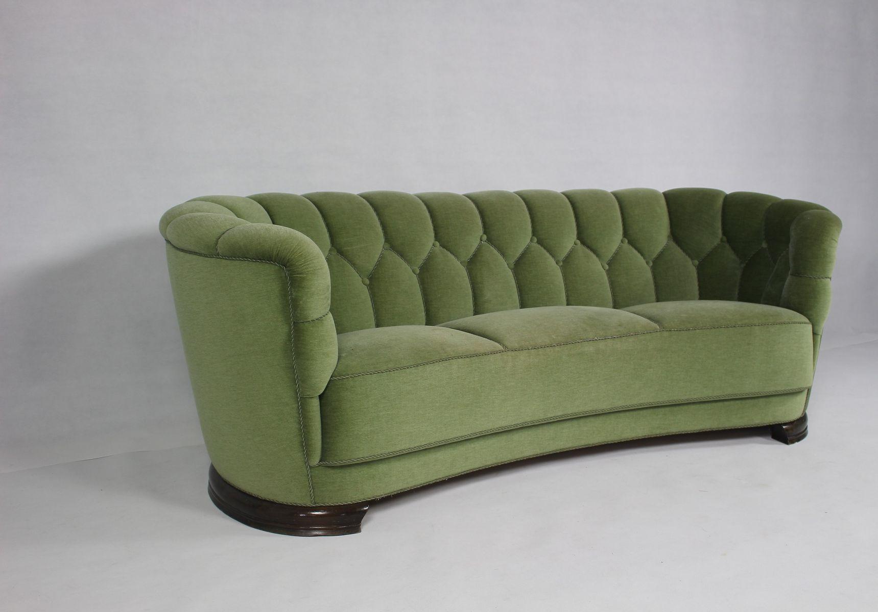 Mid century modern danish green curved sofa for sale at pamono for Mid century modern sofa for sale