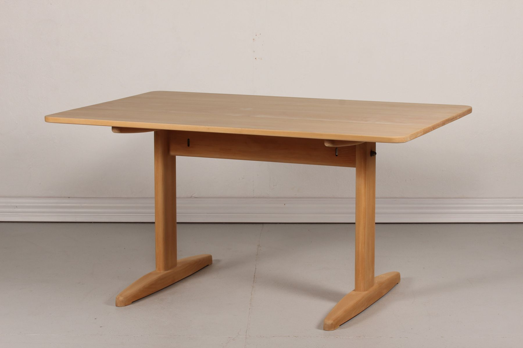 d nischer esstisch aus buche von b rge mogensen f r c m madsen furniture 1970er bei pamono kaufen. Black Bedroom Furniture Sets. Home Design Ideas