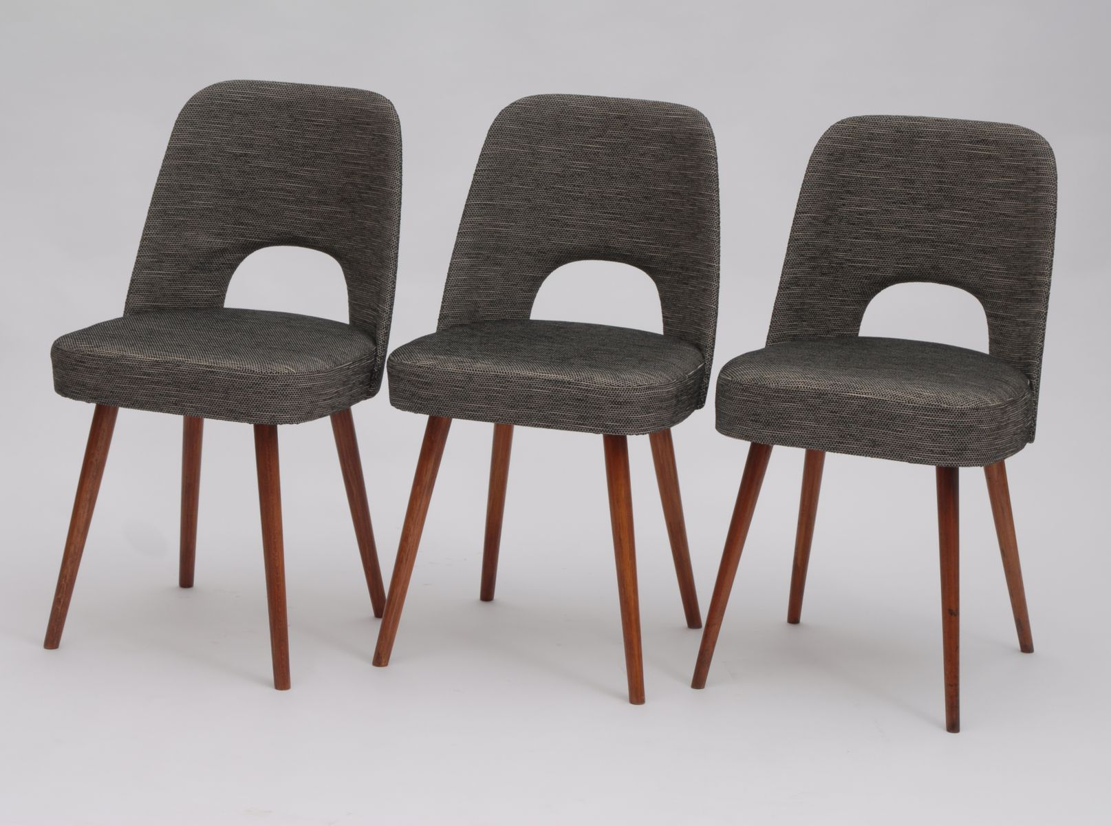 Mid Century Dining Chair by Oswald Haerdtl for TON for sale at Pamono
