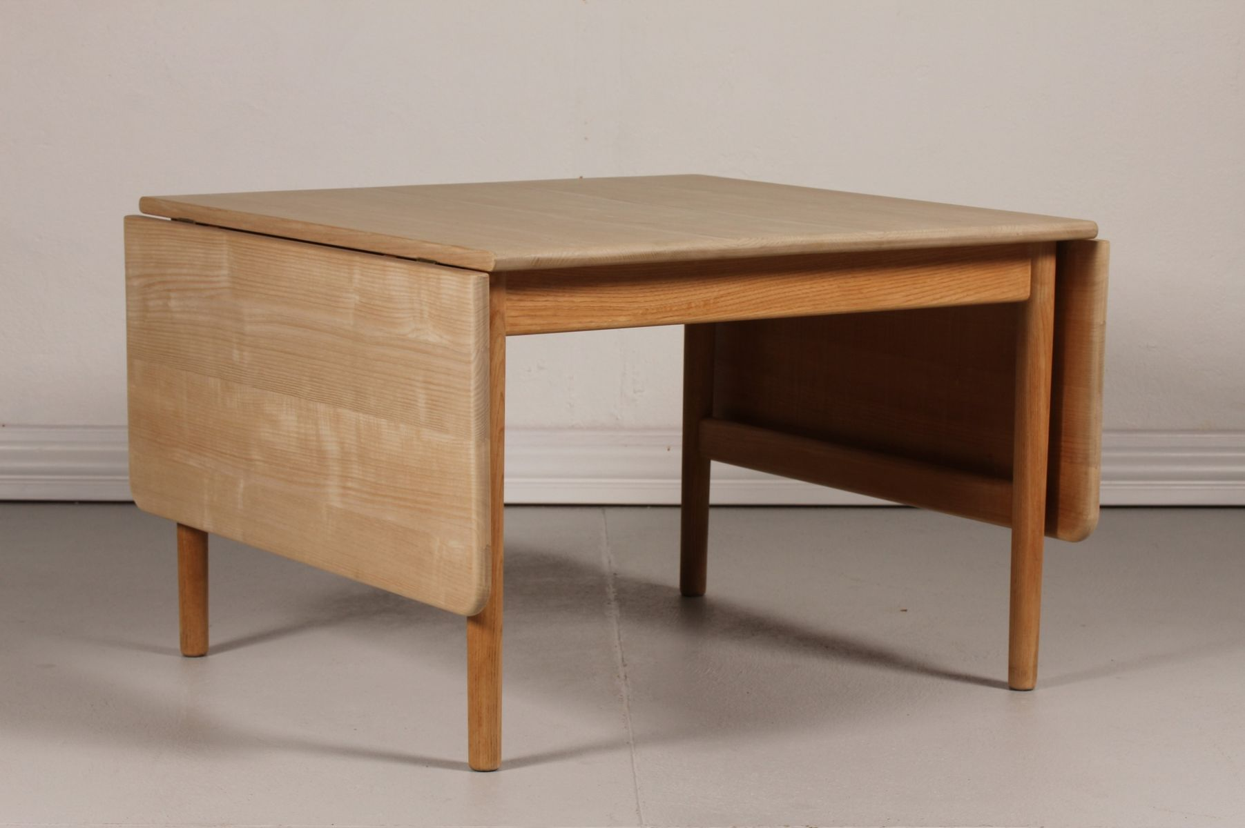 Danish Ash Coffee Table By Hans J Wegner For Pp M Bler 1980s For Sale At Pamono
