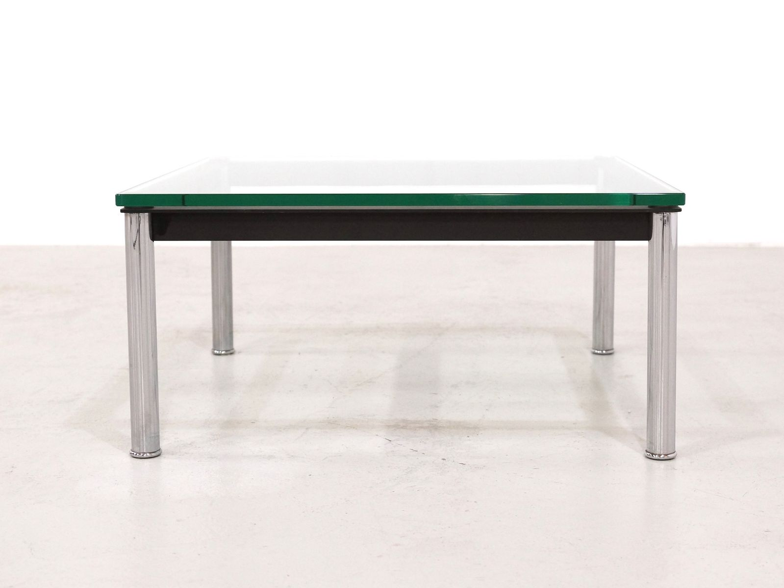 Lc10 Glass Table By Le Corbusier For Cassina 1980s For Sale At Pamono