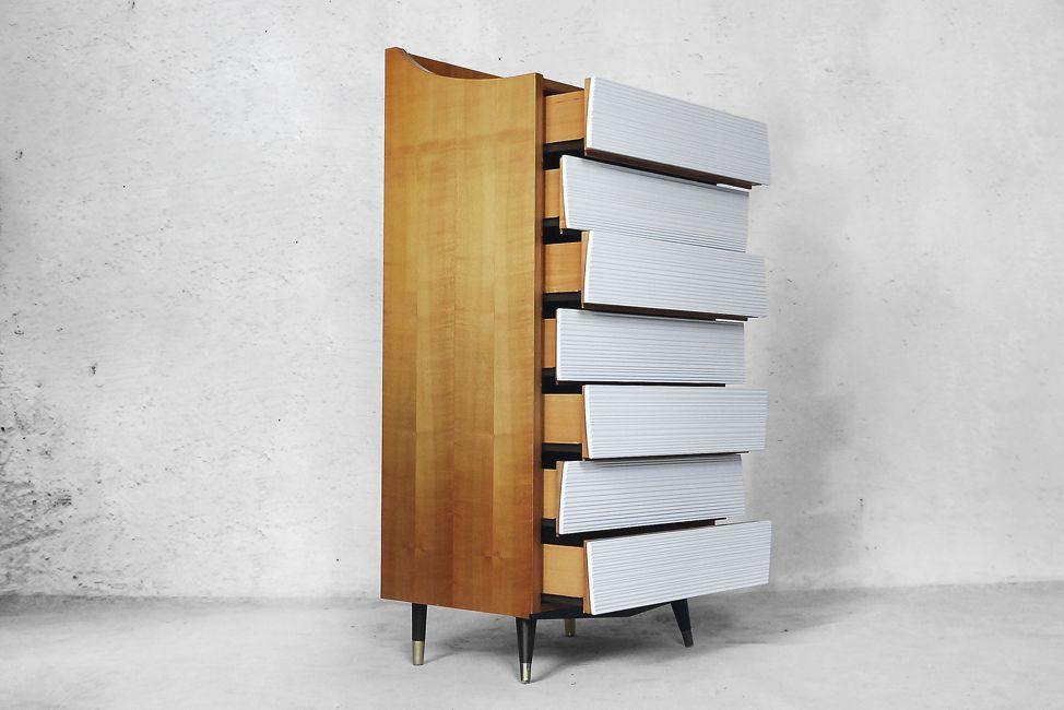 hohe scandinavian modern kommode 1970er bei pamono kaufen. Black Bedroom Furniture Sets. Home Design Ideas