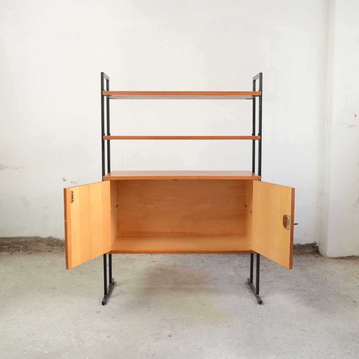 Mid-Century Modular Shelf with Cabinet for sale at Pamono