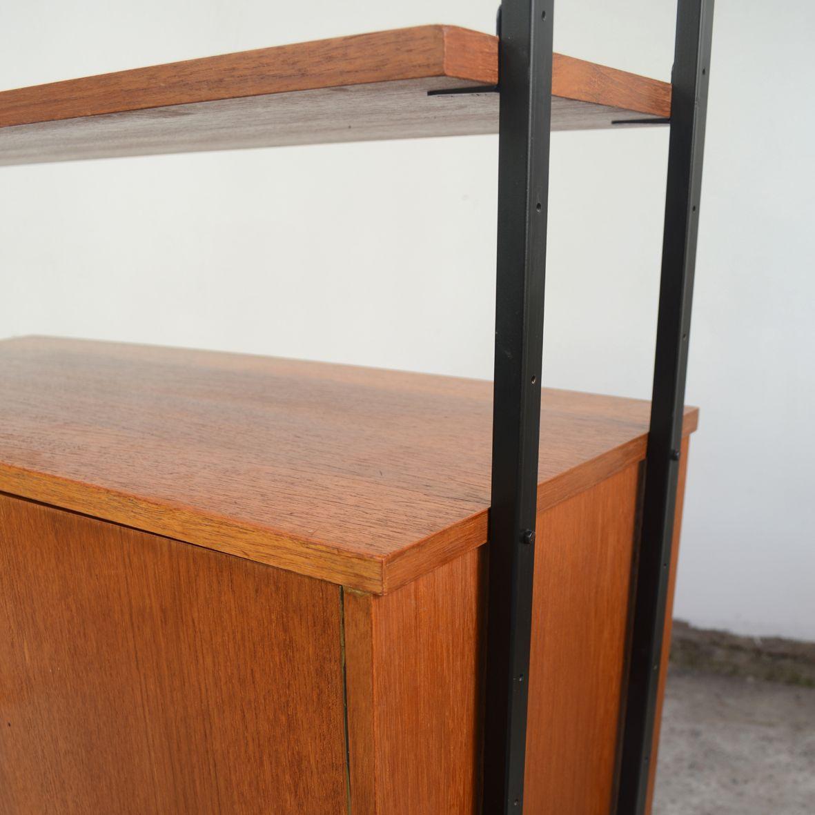 modulares mid century regal mit schrank bei pamono kaufen. Black Bedroom Furniture Sets. Home Design Ideas