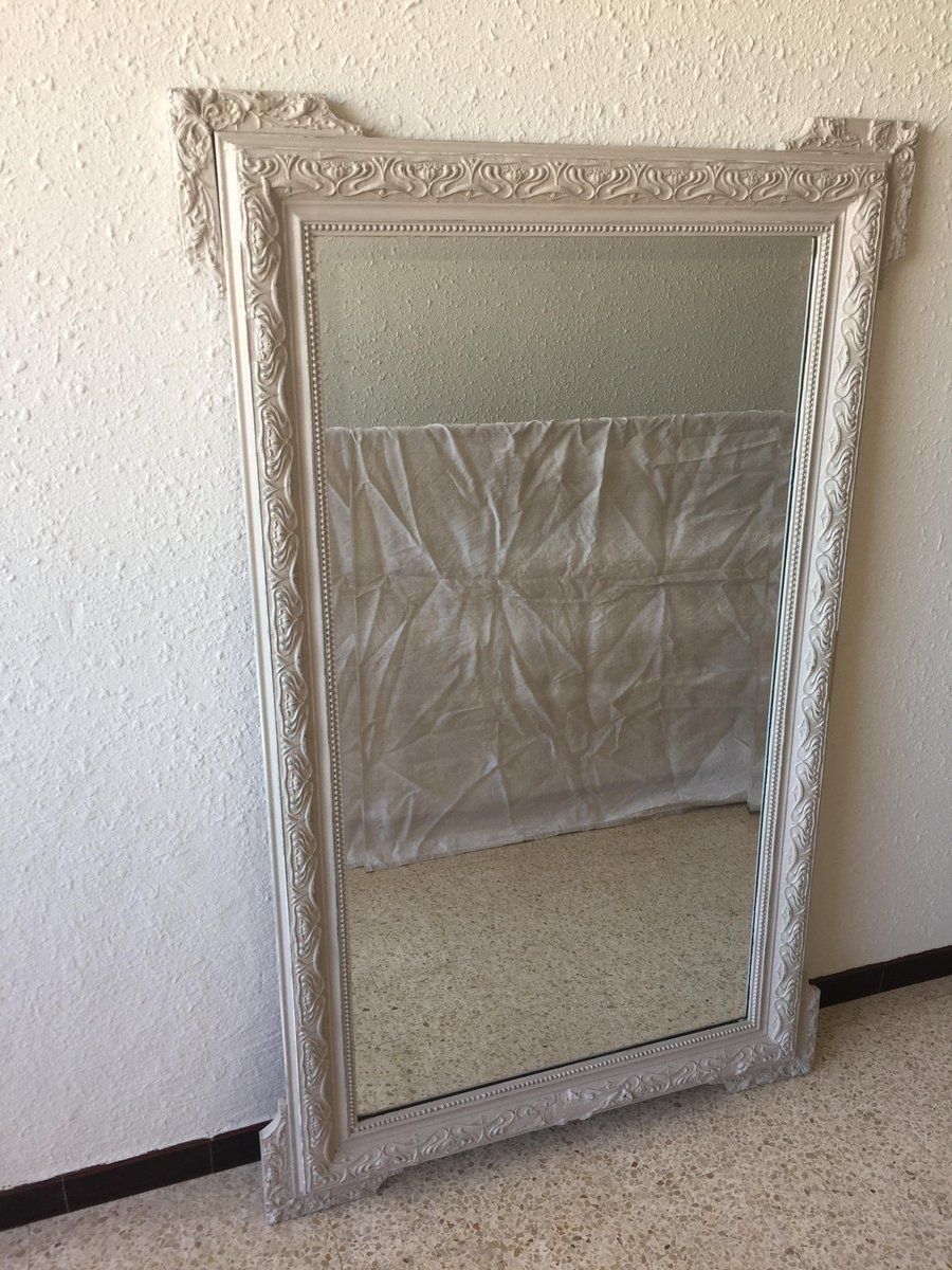 gro er vintage spiegel mit modelliertem rahmen bei pamono. Black Bedroom Furniture Sets. Home Design Ideas