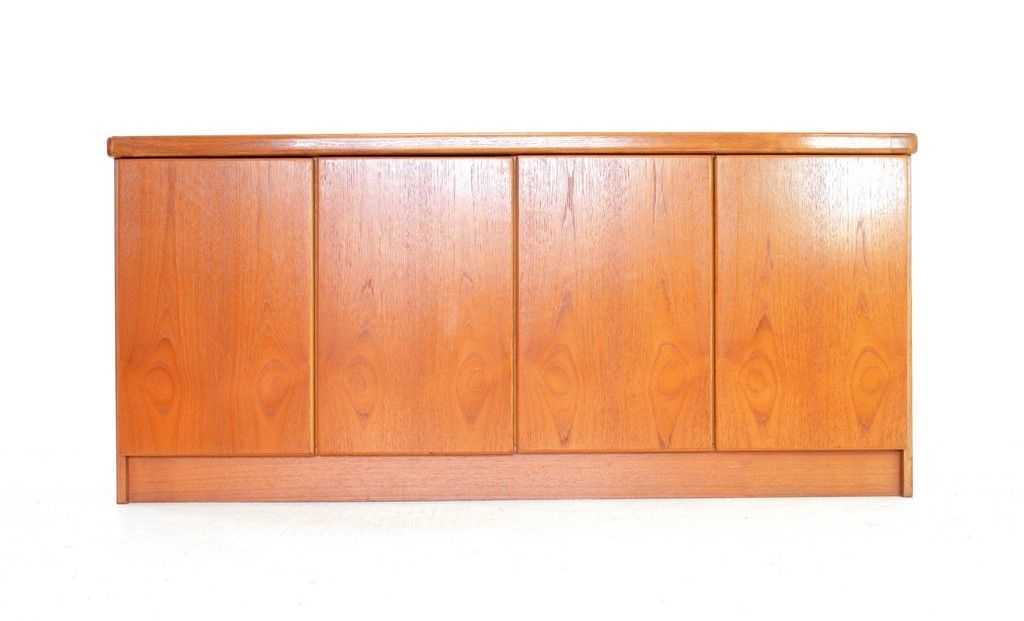 d nisches vintage teak sideboard von christian linneberg 1970er bei pamono kaufen. Black Bedroom Furniture Sets. Home Design Ideas