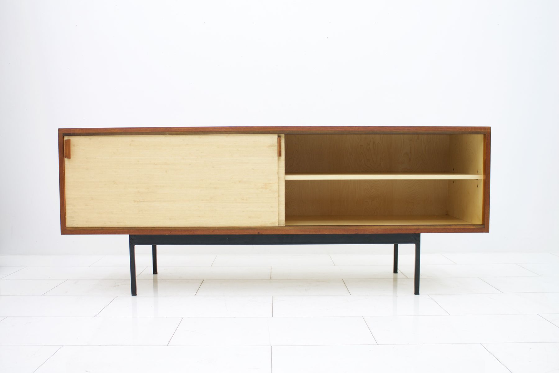 teak sideboard mit t ren aus seegras von dieter w ckerlin. Black Bedroom Furniture Sets. Home Design Ideas