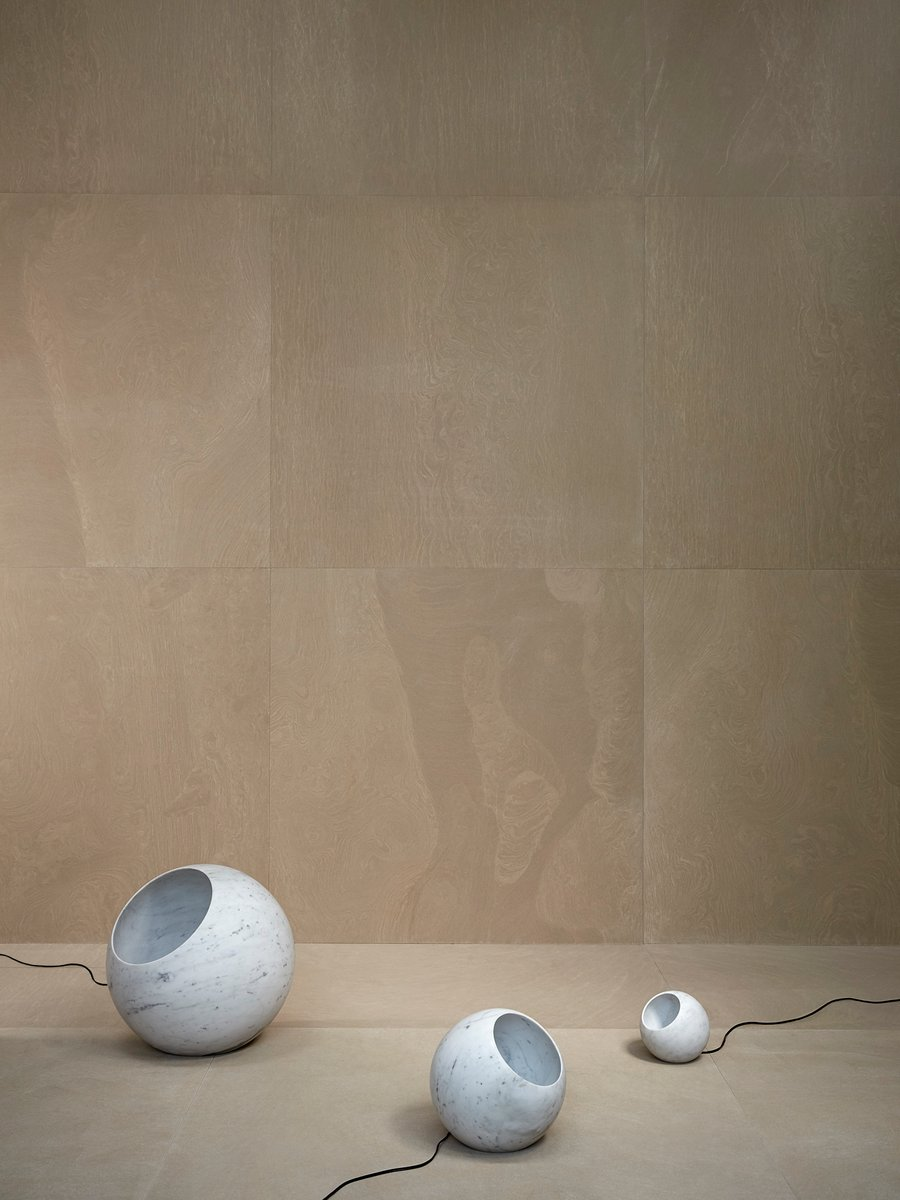 Urano 18 table lamp by elisa ossino for salvatori for sale for Table urano conforama