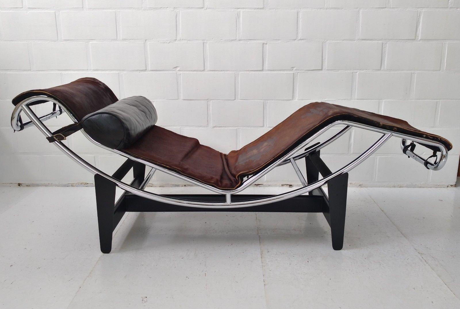Chaise longue LC4 (primi 550 numeri) di Le Corbusier, Perriand ...