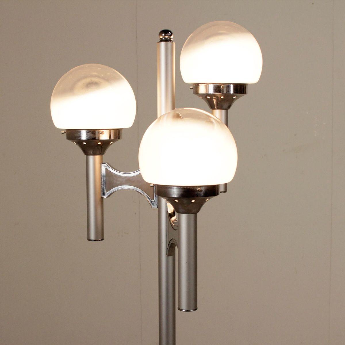 vintage stehlampe aus aluminium metall glas bei pamono. Black Bedroom Furniture Sets. Home Design Ideas
