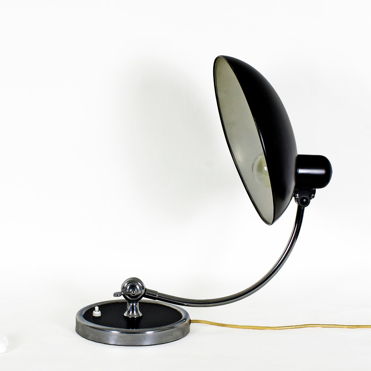 kaiser idell luxus 6631 desk lamp by christian dell for kaiser idell 1931 for sale at pamono. Black Bedroom Furniture Sets. Home Design Ideas