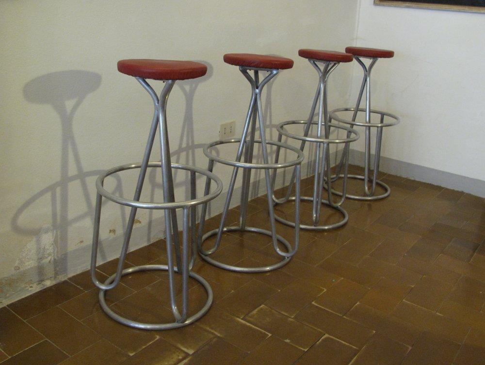 French Mid Century Skai Bar Stools 1950s Set of 4 for  : french mid century skai bar stools 1950s set of 4 5 from www.pamono.co.uk size 1000 x 752 jpeg 79kB