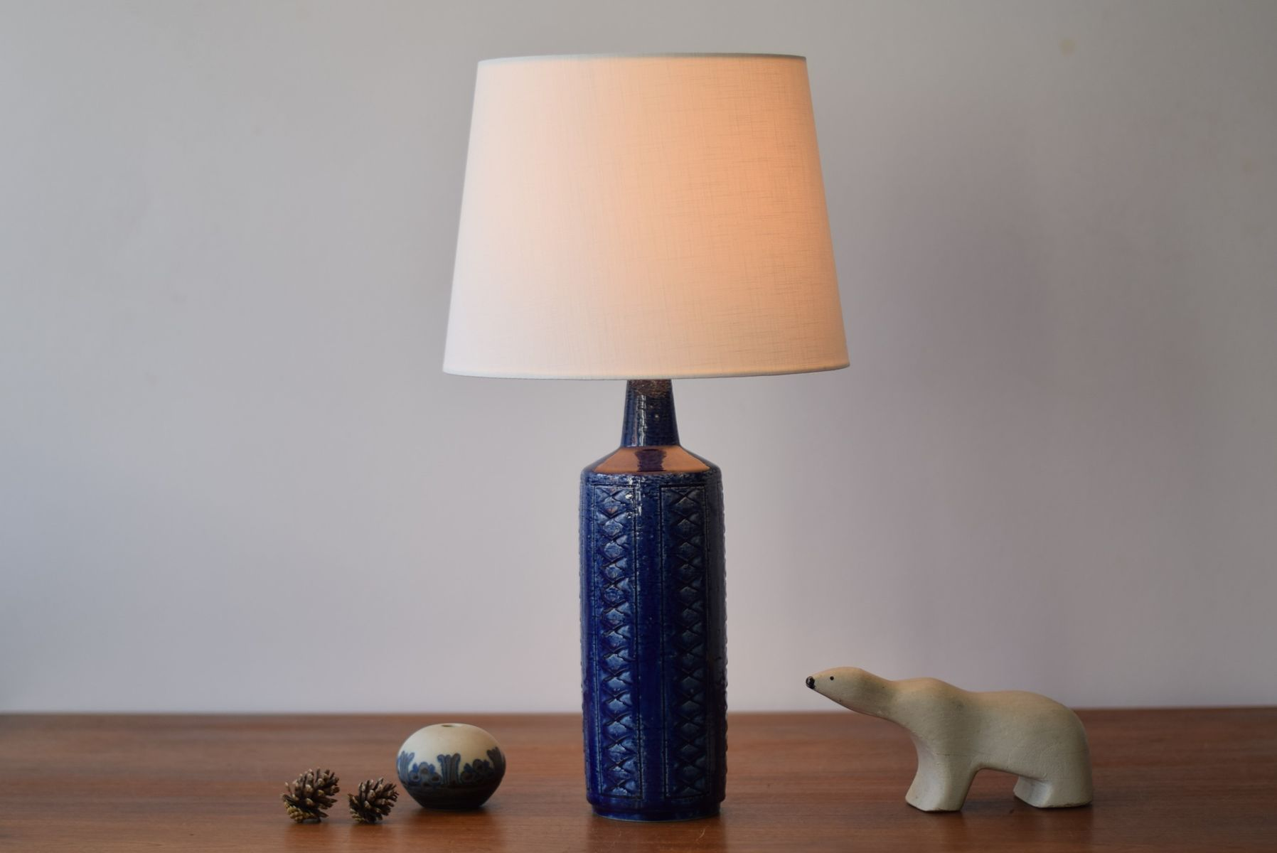 Blue table lamp by per for palshus s with chaise schmidt for Chaise schmidt