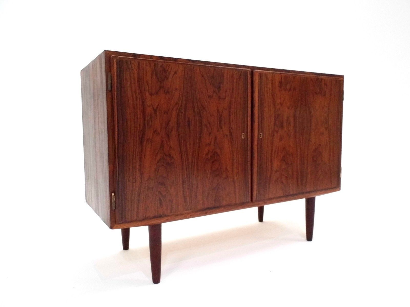 d nisches palisander sideboard von poul hundevad f r hundevad co 1960er bei pamono kaufen. Black Bedroom Furniture Sets. Home Design Ideas