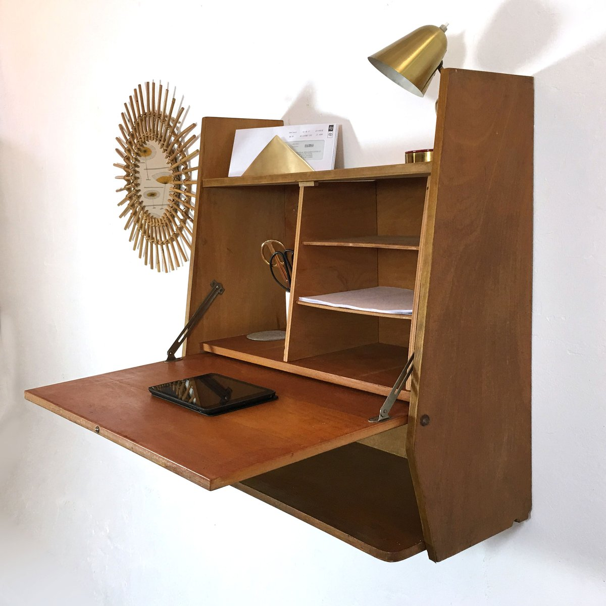 mid century wall mounted desk for sale at pamono. Black Bedroom Furniture Sets. Home Design Ideas