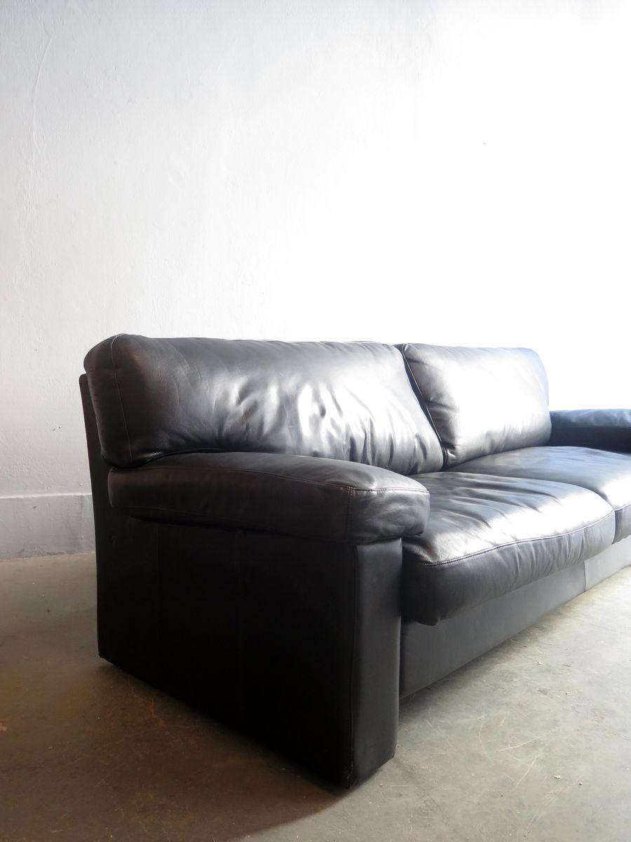 schwarzes drei sitzer ledersofa bei pamono kaufen. Black Bedroom Furniture Sets. Home Design Ideas