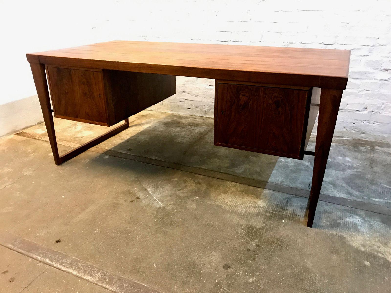 vintage modell 70 palisander schreibtisch von kai. Black Bedroom Furniture Sets. Home Design Ideas