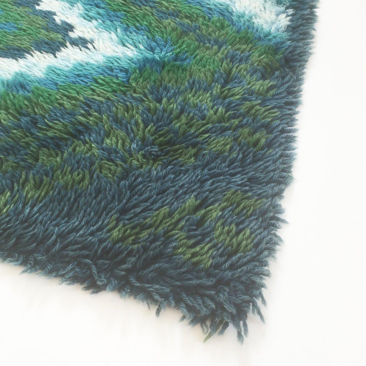 skandinavischer rya teppich mit karomuster von ege taepper. Black Bedroom Furniture Sets. Home Design Ideas