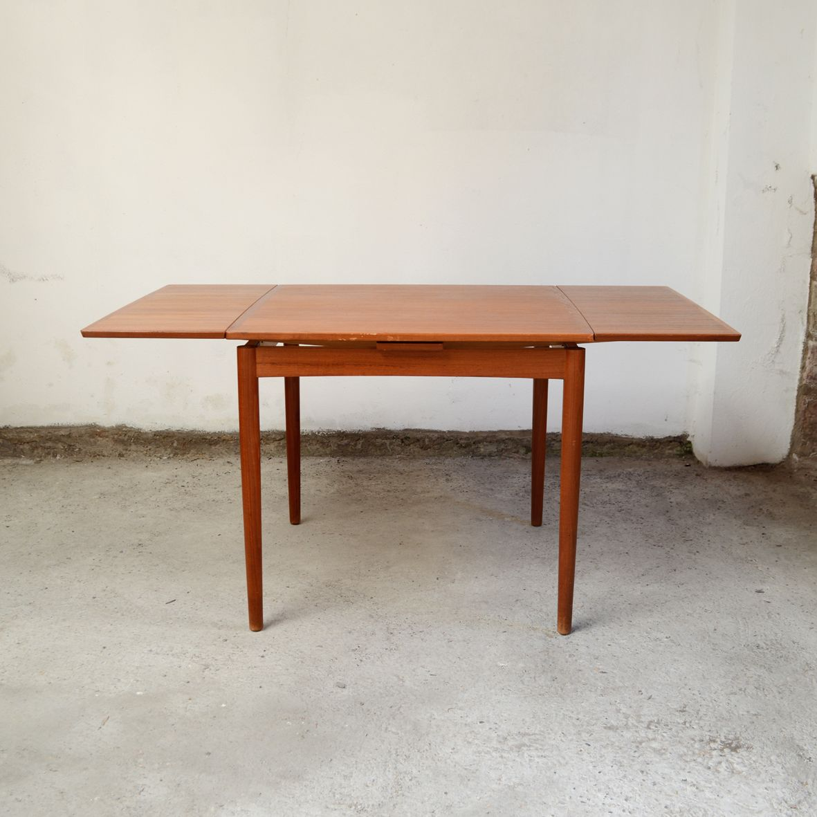 Mid Century Teak Square Dining Room Table by Poul Hundevad  : mid century teak square dining room table by poul hundevad for hundevad co 3 from www.pamono.com size 1181 x 1181 jpeg 887kB
