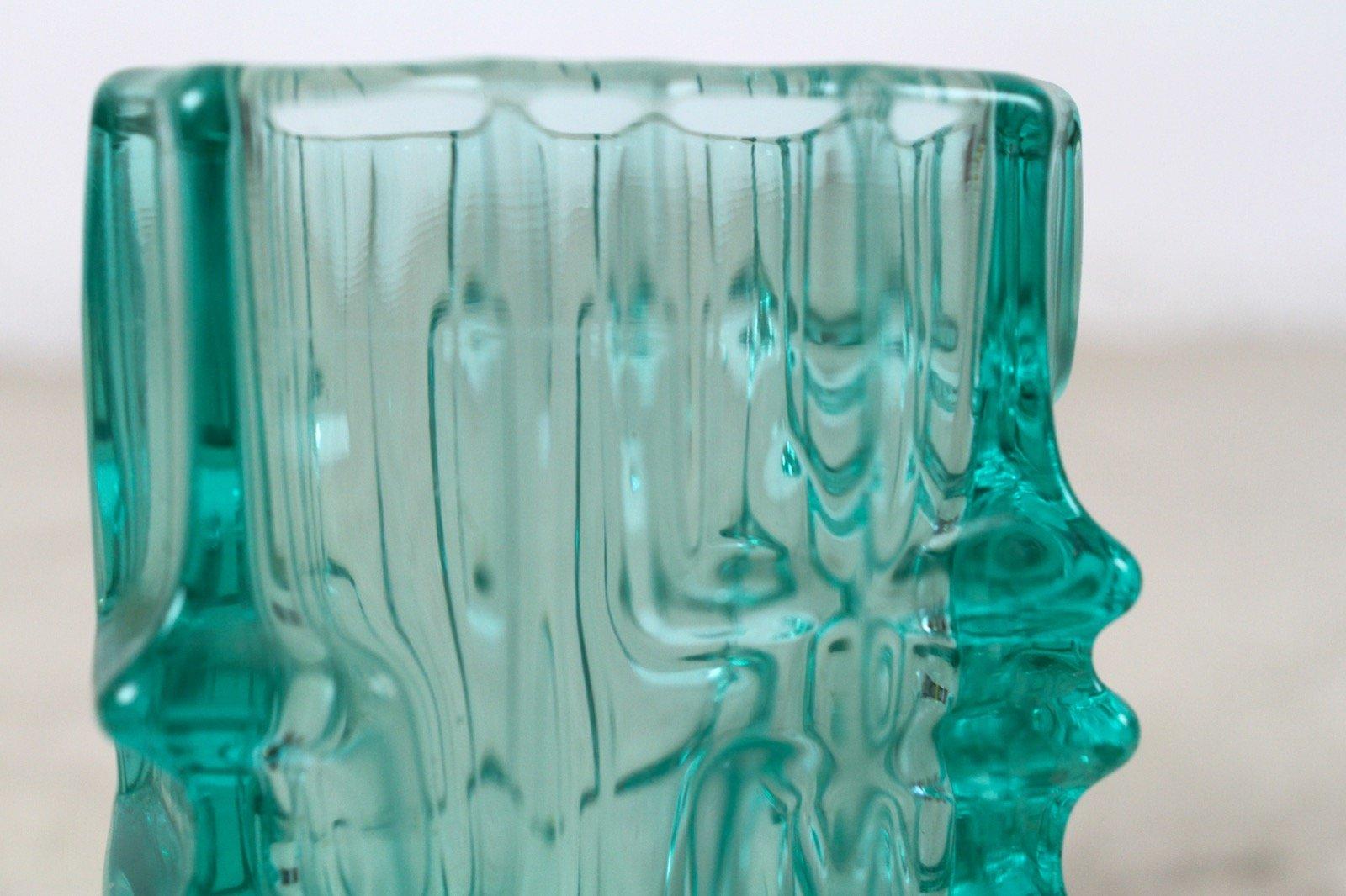 vintage green glass vase by vladislav urban for sale at pamono. Black Bedroom Furniture Sets. Home Design Ideas