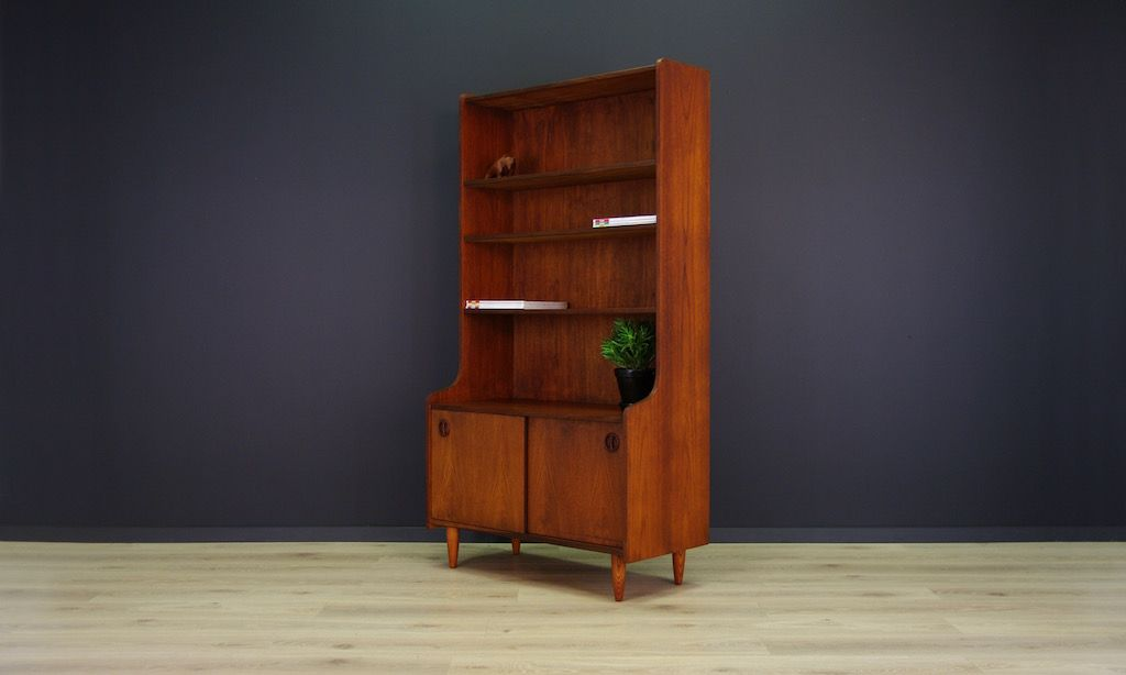 d nisches mid century b cherregal mit teak furnier bei pamono kaufen. Black Bedroom Furniture Sets. Home Design Ideas