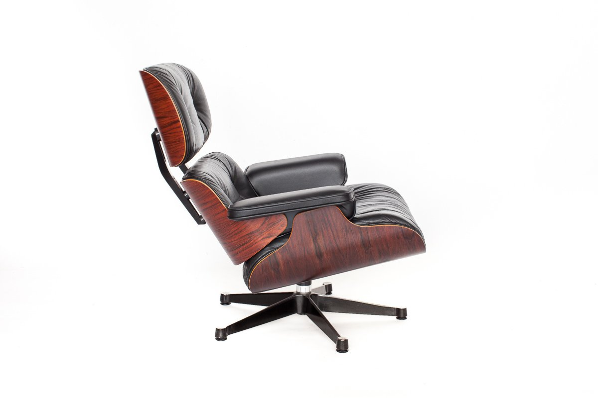 Vintage eames lounge chair by charles ray eames for for Eames chair vitra replica