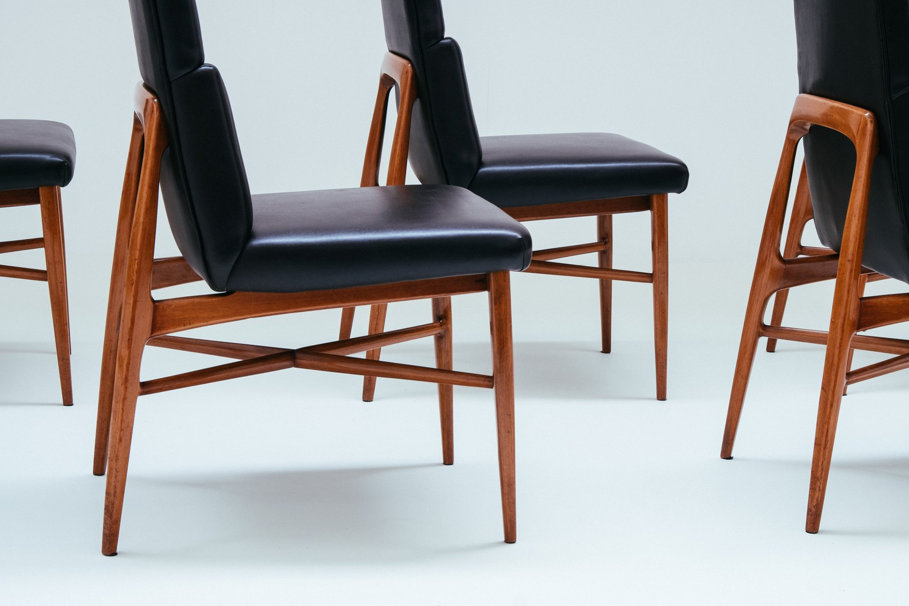 Up 636 Madison Walnut Dining Chairs by Fred Sandra for De Coene