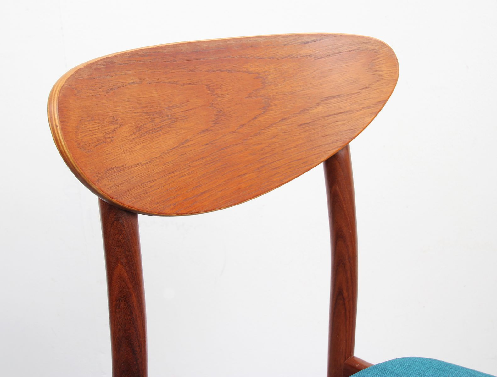 teak chairs 1950s set of 4 for sale at pamono. Black Bedroom Furniture Sets. Home Design Ideas