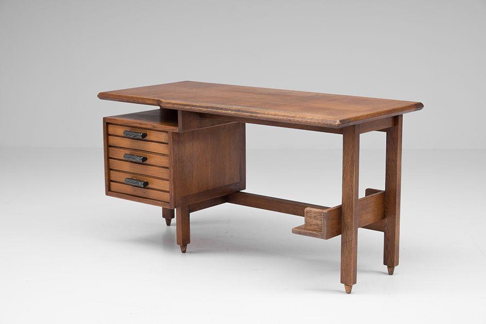schreibtisch und st hle von guillerme et chambron f r. Black Bedroom Furniture Sets. Home Design Ideas