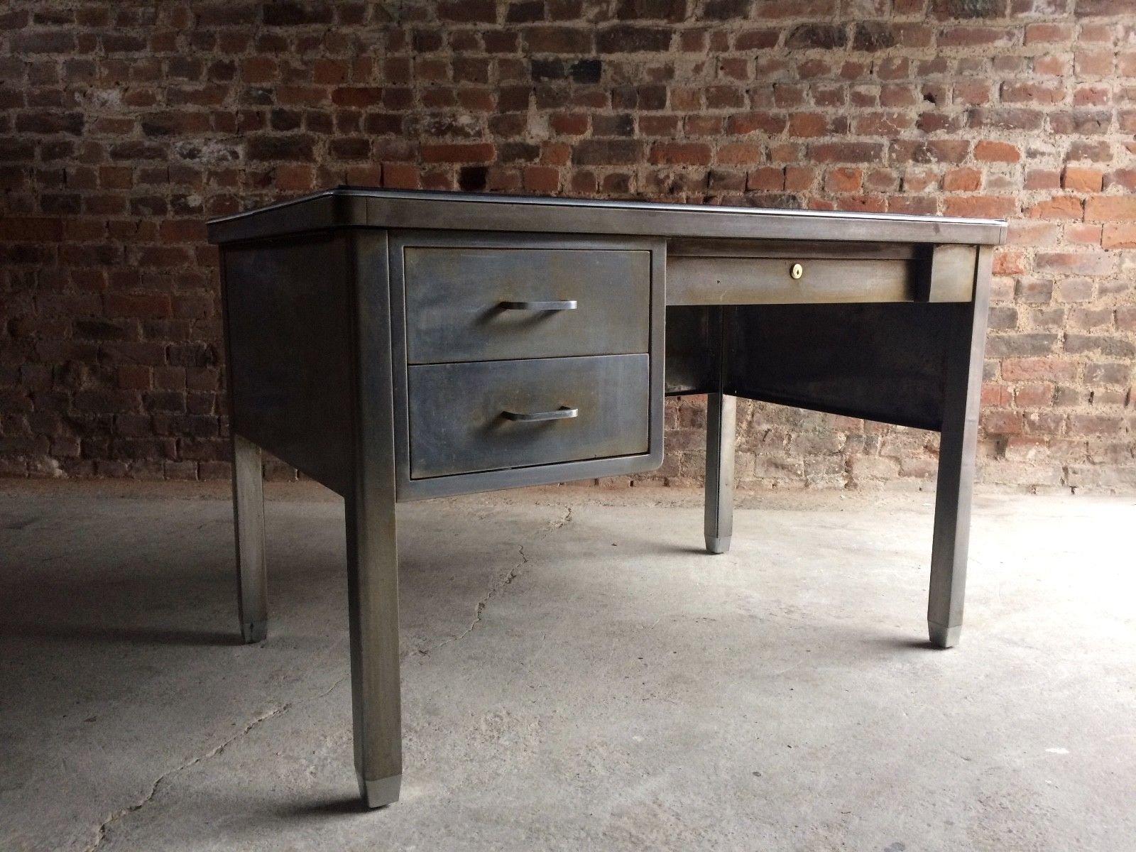 industrieller vintage schreibtisch aus stahl von robberechts bei pamono kaufen. Black Bedroom Furniture Sets. Home Design Ideas