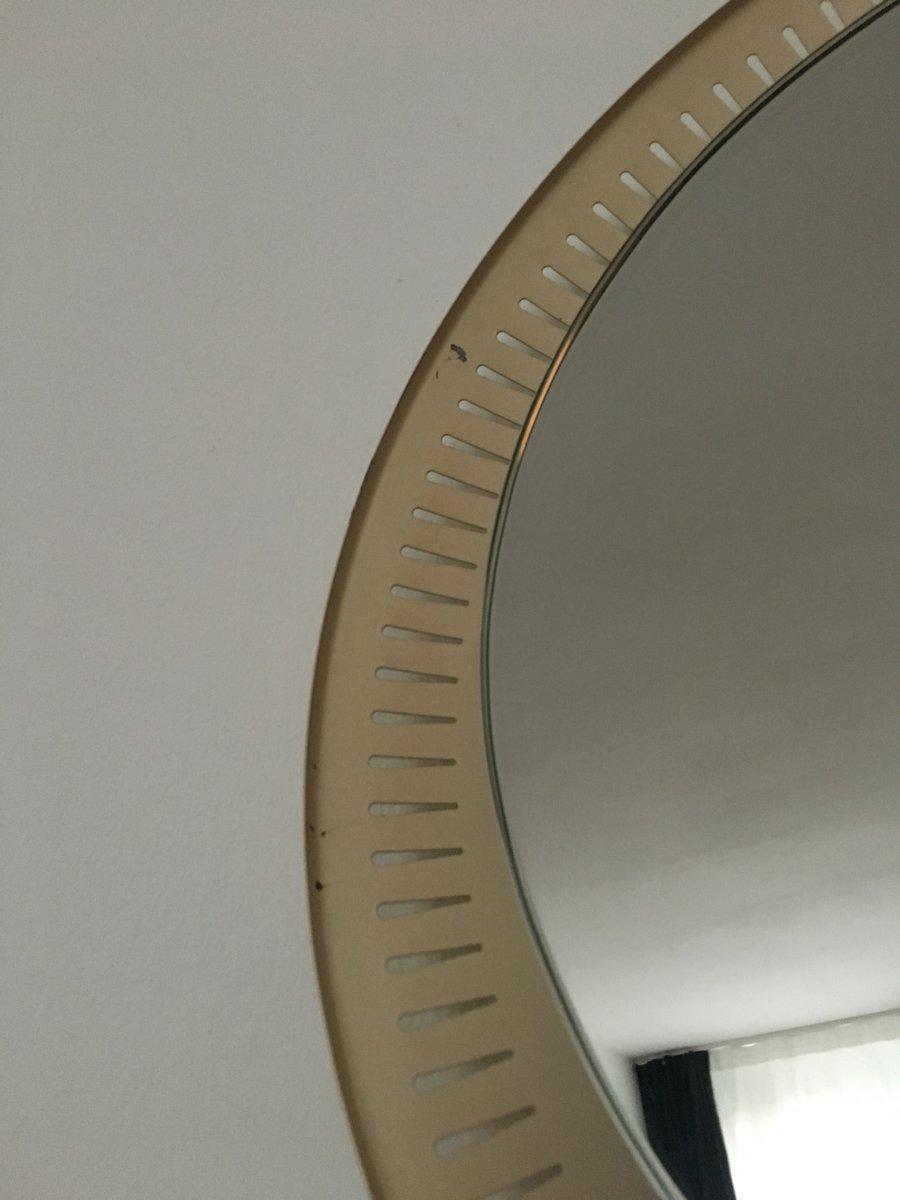 beleuchteter spiegel mit metallrahmen 1960er bei pamono. Black Bedroom Furniture Sets. Home Design Ideas