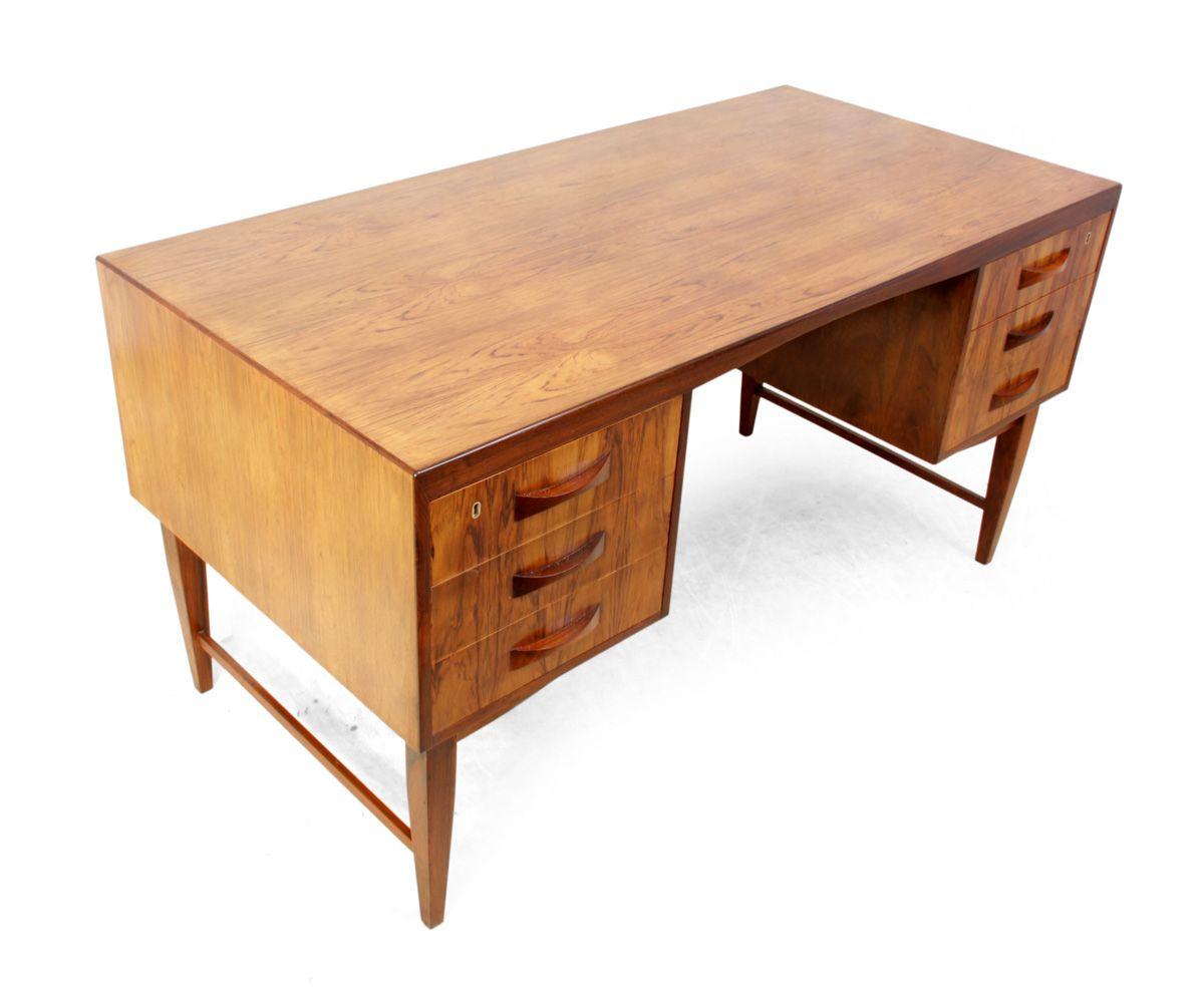 d nischer palisander schreibtisch 1960er bei pamono kaufen. Black Bedroom Furniture Sets. Home Design Ideas