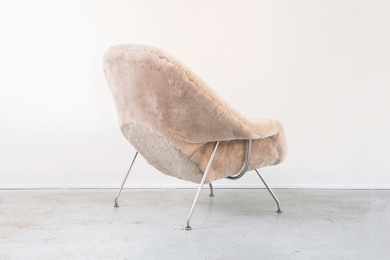 Womb chairs by eero saarinen for knoll 1960s set of 2 for sale at pamono - Vintage womb chair for sale ...