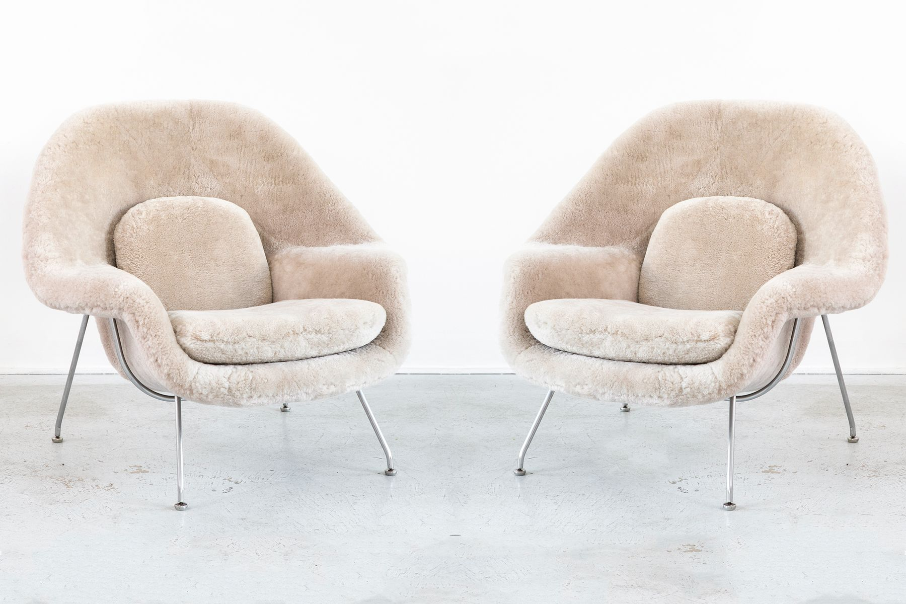 Womb Chairs by Eero Saarinen for Knoll, 1960s, Set of 2 for sale .