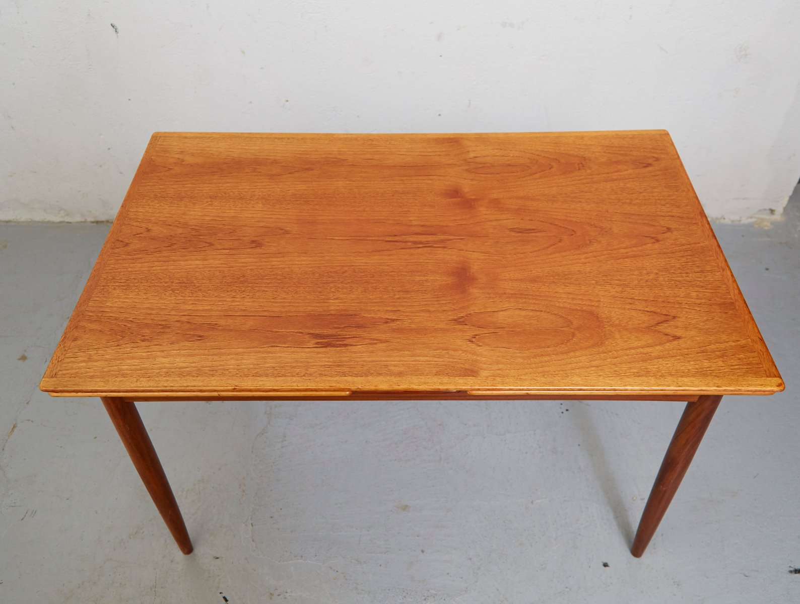 mid century teak expandable dining table for sale at pamono. Black Bedroom Furniture Sets. Home Design Ideas