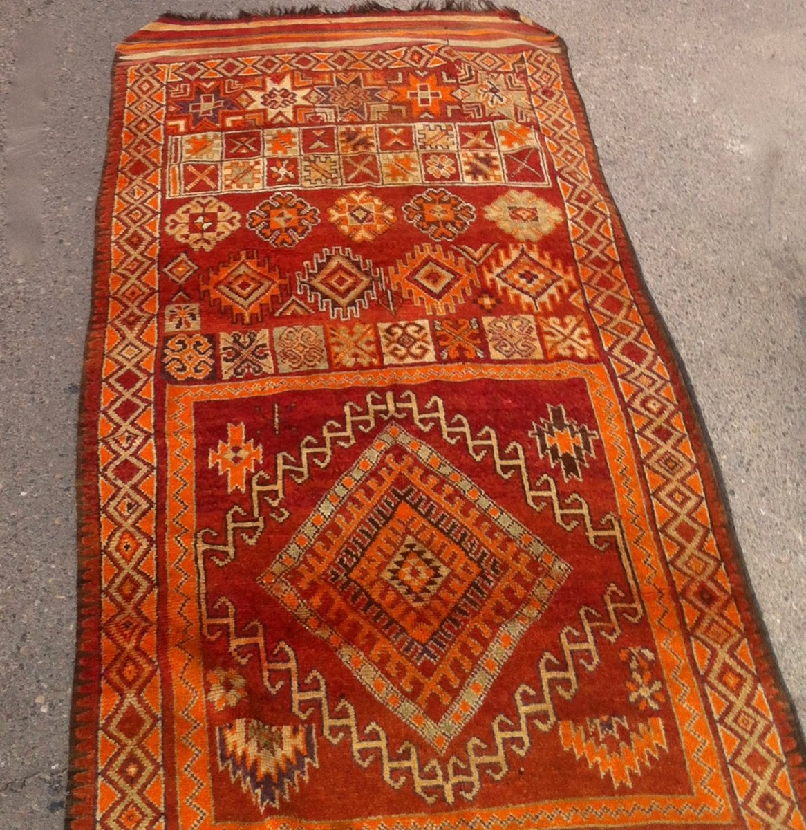 Antique Moroccan Handwoven Rug, 1900s For Sale At Pamono