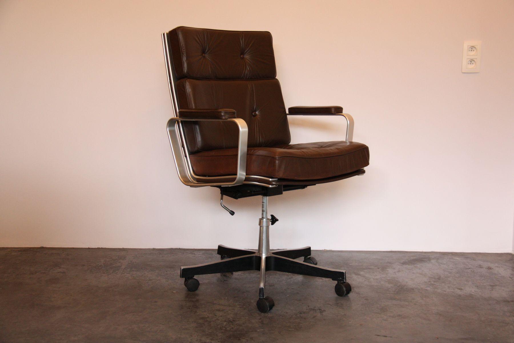 Vintage swedish office chair in brown leather by karl erik for Norwegian vintage office chair