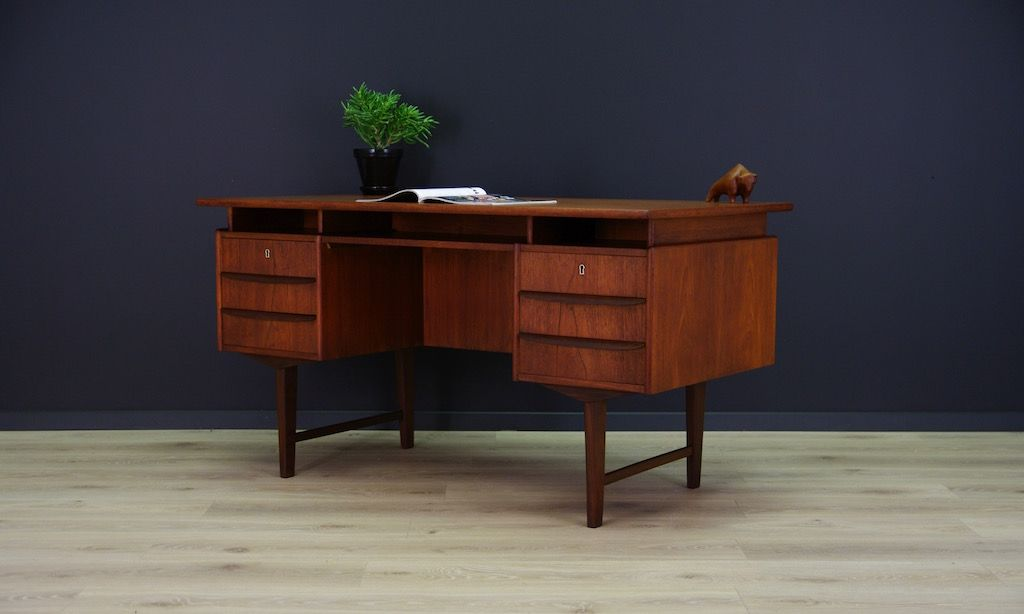 skandinavischer mid century teak furnier schreibtisch bei. Black Bedroom Furniture Sets. Home Design Ideas