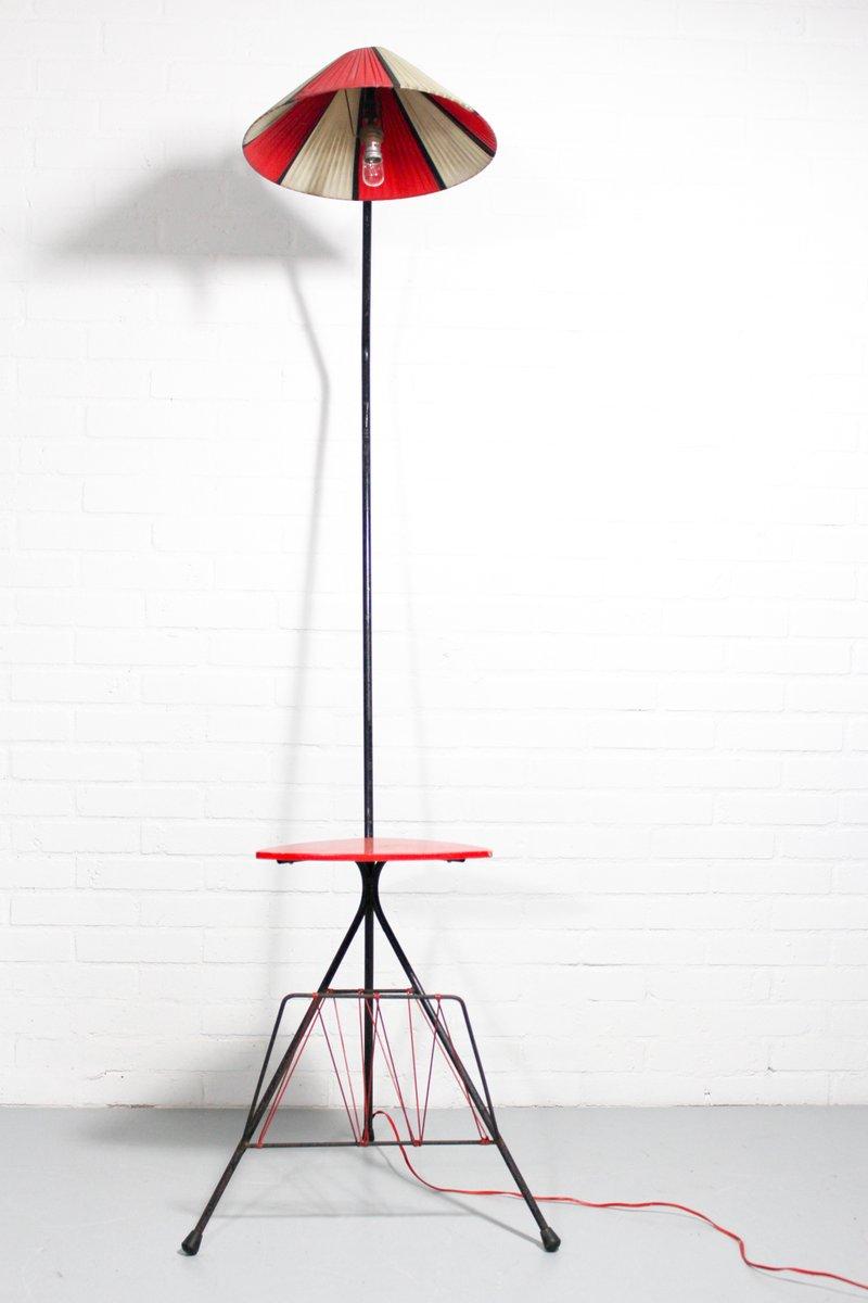 franz sische dreibein vintage stehlampe mit ablage 1950er bei pamono kaufen. Black Bedroom Furniture Sets. Home Design Ideas