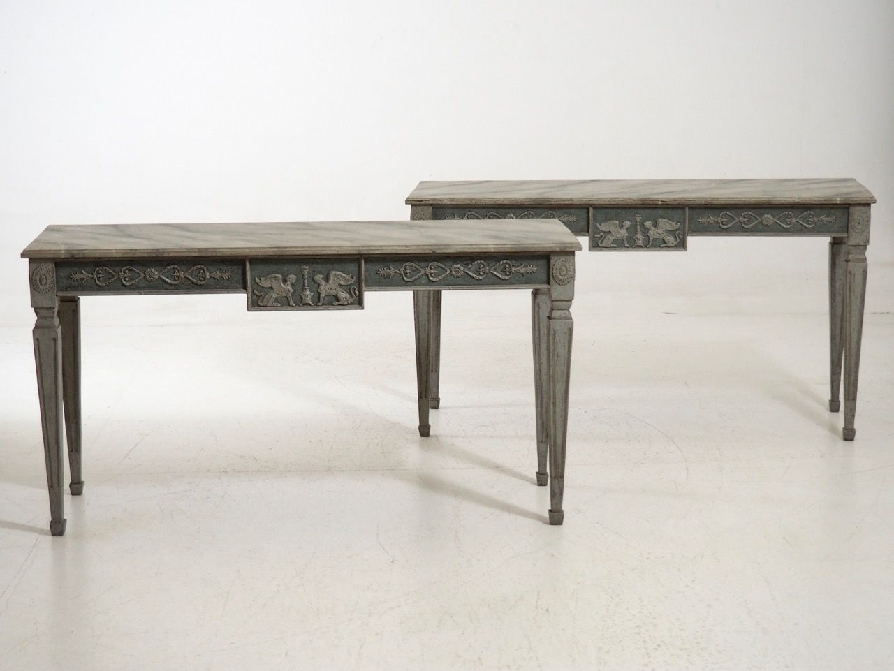 19th century large console tables set of 2 for sale at pamono for Sofa table rules