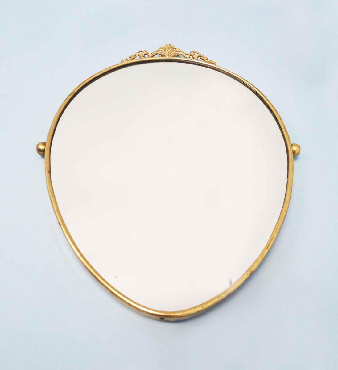 italienischer mid century spiegel mit rahmen aus messing. Black Bedroom Furniture Sets. Home Design Ideas