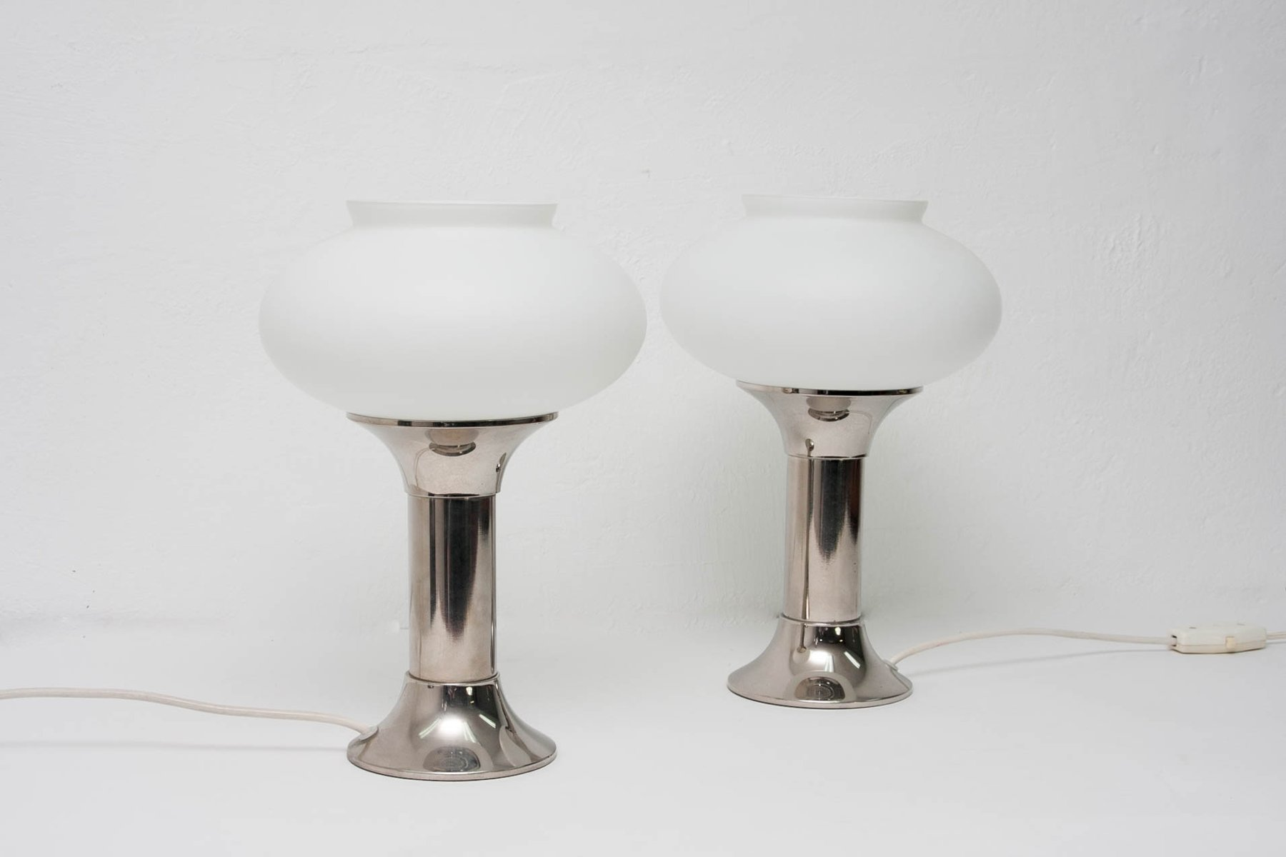 Mid century table lamps from veb narva set of 2 for sale at pamono mid century table lamps from veb narva set of 2 geotapseo Gallery