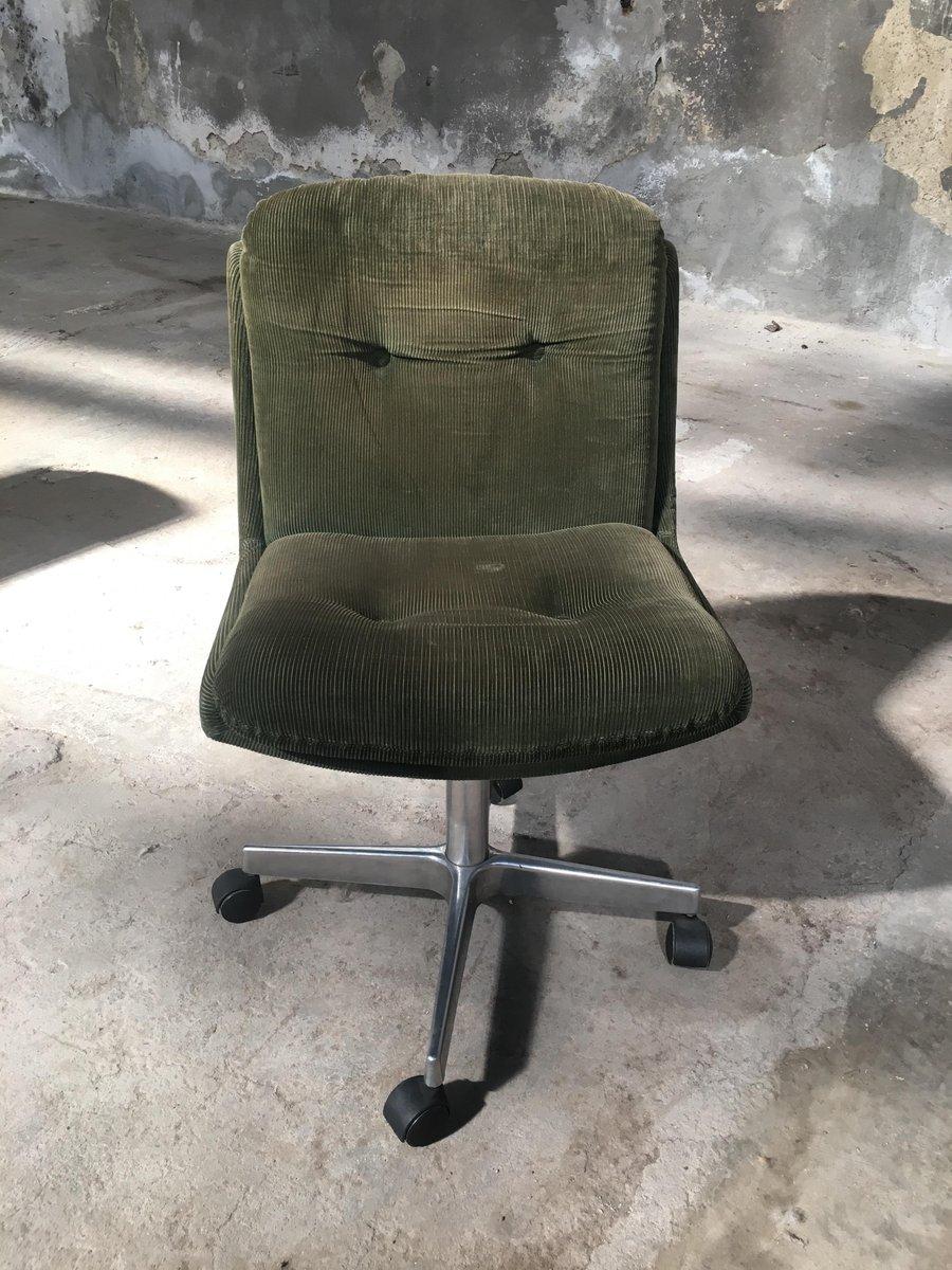 vintage italian velvet chairs on wheels 1970s set of 10 for sale at pamono. Black Bedroom Furniture Sets. Home Design Ideas