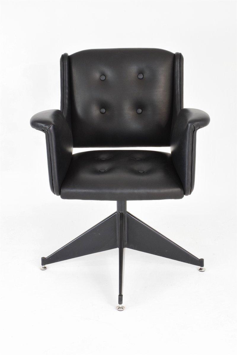 italienischer vintage leder b rostuhl bei pamono kaufen. Black Bedroom Furniture Sets. Home Design Ideas